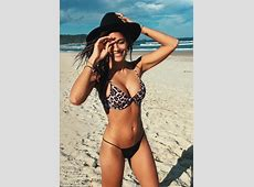 Home And Away's Sarah Roberts stuns in a bikini Daily