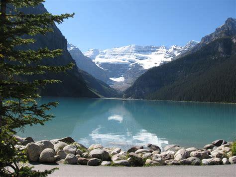 World Visits Cool Lake Louise In Albertacanada