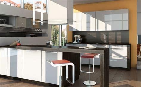 cuisines ixina davaus modele de hotte cuisine avec des idées