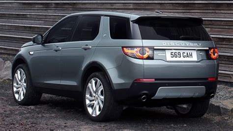 Land Rover Discovery Sport  7seat Small Suv Debuts