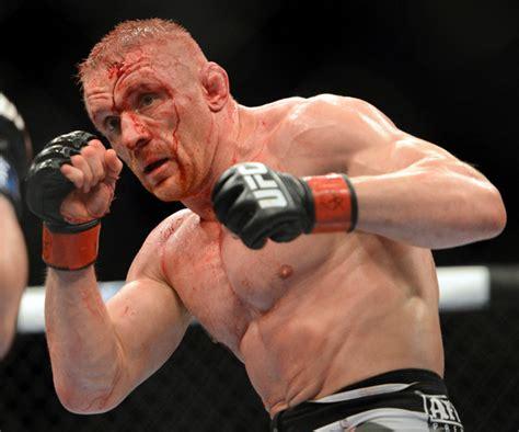 dennis siver meets robert whiteford  ufc fight night