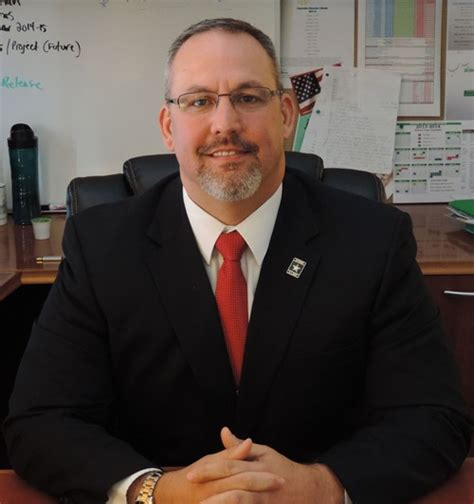 meet dr shane robbins mv superintendent mt vernon community