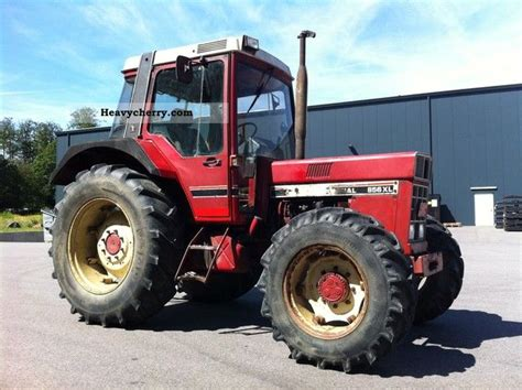 ihc 856 xl ihc 856 xl wd cab turbo t 252 v 1985 agricultural tractor photo and specs