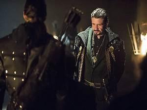 Anticipazioni Arrow 3x20: Oliver torna da Ra's al Ghul