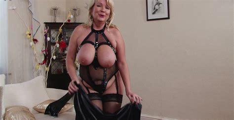 British Big Breasted Housewife Goes Wild Porno Movies