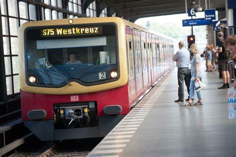 Bahnhof Zoologischer Garten Gesperrt by Nahverkehr In Berlin Ab Montag Kein S Bahn Verkehr Am