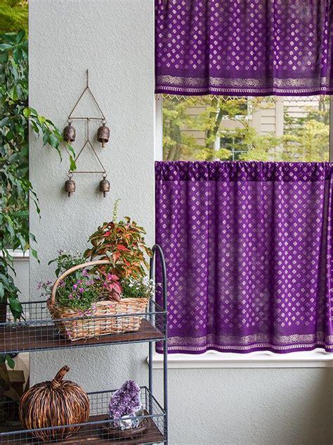 Kitchen Blinds Purple by The 25 Best Purple Kitchen Curtains Ideas On