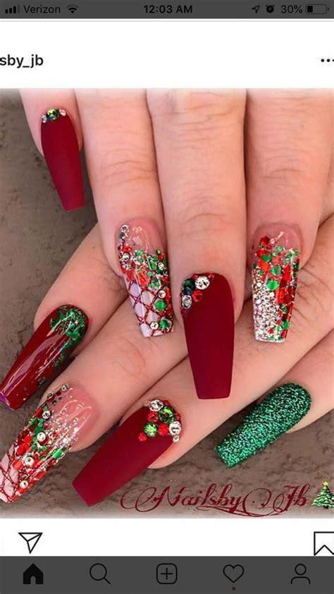 Va prezentam cele mai frumoase poze cu modele unghii cu gel 2020. Nail art Christmas - the festive spirit on the nails. Over 70 creative ideas and tutorials en ...