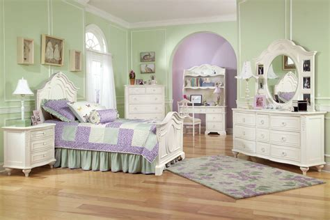 Twin Bedroom Sets For Girls In Minimalist Space Kids