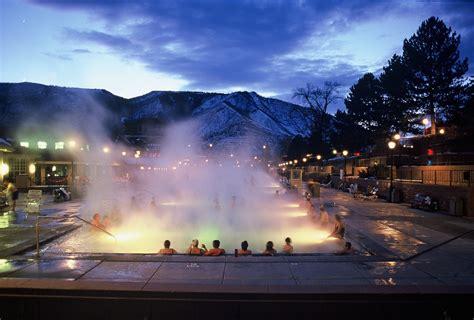 glenwood hot springs lodge reservations check