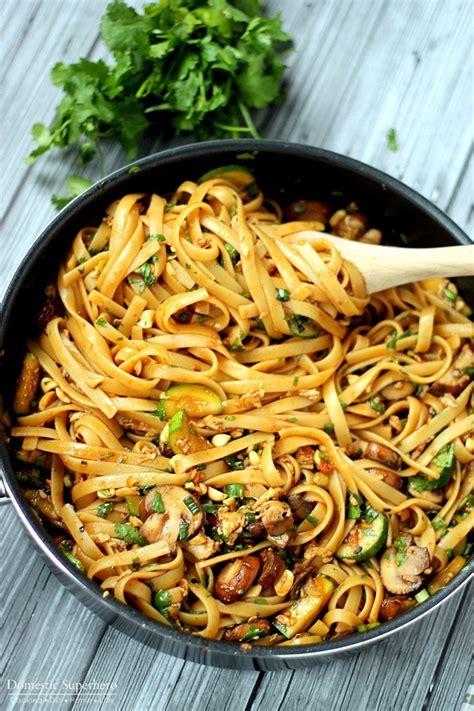 thai noodle recipe one pot spicy thai noodles domestic superhero