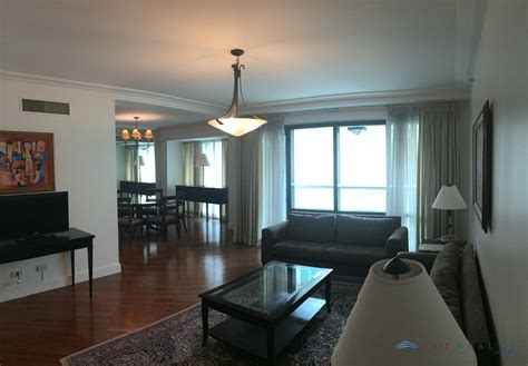 top realty corporation dr  bedrooms br condo