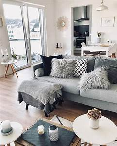 Plaids Für Sofas : best 25 plaid sofa ideas on pinterest cabin interiors plaid couch and next wallpaper tartan ~ Markanthonyermac.com Haus und Dekorationen
