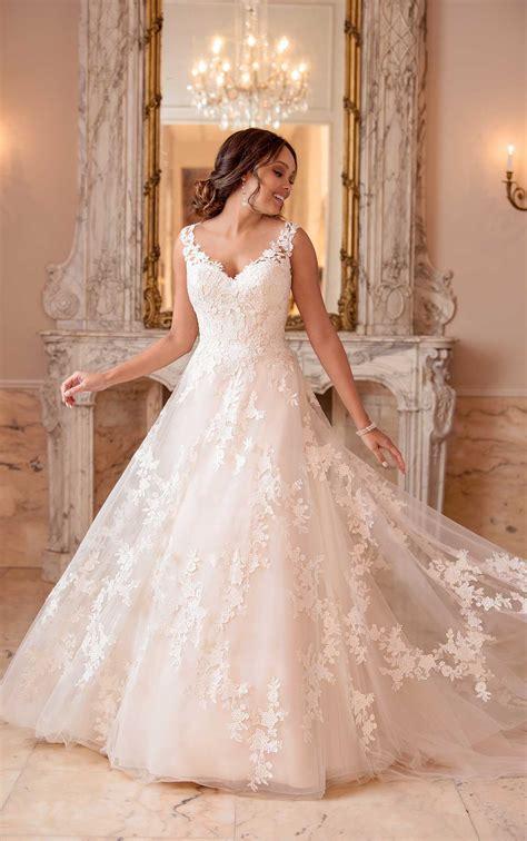garden inspired   wedding dress stella york wedding