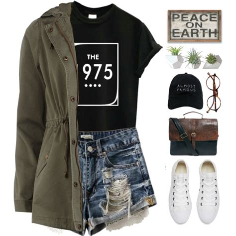 Cute Summer Outfit Ideas For Real Women 2018 | FashionGum.com