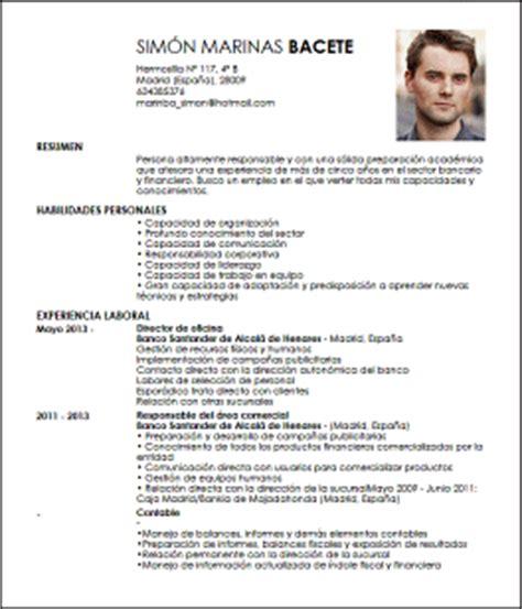 modelo cv banquero personal livecareer