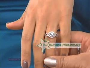 tamera mowry shows of engagement ring to wendy williams With tia mowry wedding ring