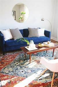 le tapis design la meilleure option pour votre chambre design With tapis de course avec canapé et pouf