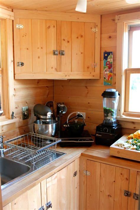 top 10 light pine kitchen cabinets 2017 mybktouch