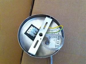 Comment Installer Un Lustre : comment fixer luminaire plafond placo ~ Dailycaller-alerts.com Idées de Décoration