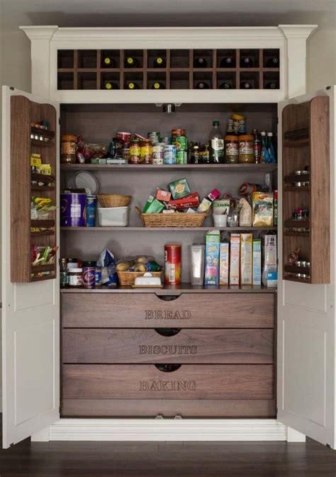 amenagement placard cuisine 20 idées et astuces pour votre aménagement placard