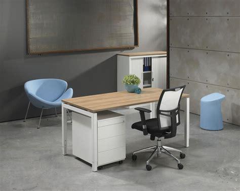 position bureau qu068w table bureau position libre quartet white 60x80cm