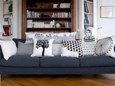 canape originaux idée déco salon avec des coussins de canapé décor salon