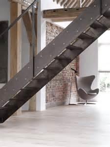 Escalier Métallique Industriel design industriel la d 233 co avec des 233 l 233 ments d usine