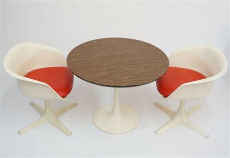 mid century modern chirldrens mod burke tulip table and