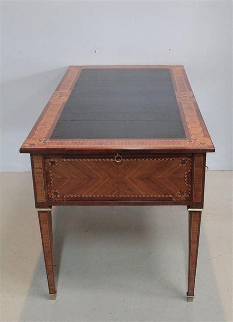 bureau de style mode bureau de style louis xvi en marqueterie xixe antiquites lecomte