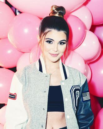 Olivia Jade Hits YouTuber Party Amid College Admissions Scam