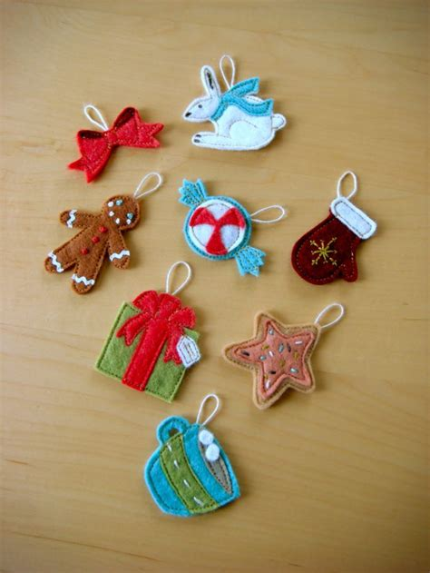diy felt christmas tree ornaments shelterness