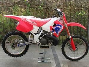 Honda 250 Cr : honda cr 250 1993 dirt bikes dirt bikes motocross honda cr ~ Dallasstarsshop.com Idées de Décoration