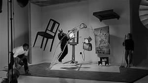"Photographer Recreates Philippe Halsman's 1948 ""Dalí"
