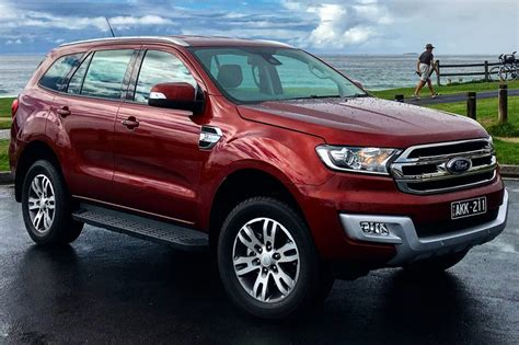 Ford Everest by Ford Everest Trend Rwd 2017 Review Carsguide
