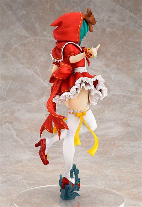 figurine miku en petit chaperon rouge