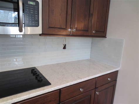 backsplash for white kitchen kitchen backsplash ideas white cabinets brown countertop