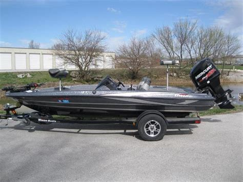 Tritoon Boats For Sale Missouri by Fishing Boats For Sale In Ozark Missouri