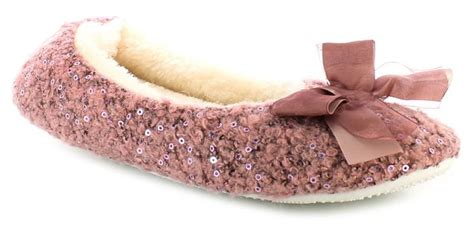 Names Of Bedroom Slippers by 10 Best Images About Bedroom Slippers On