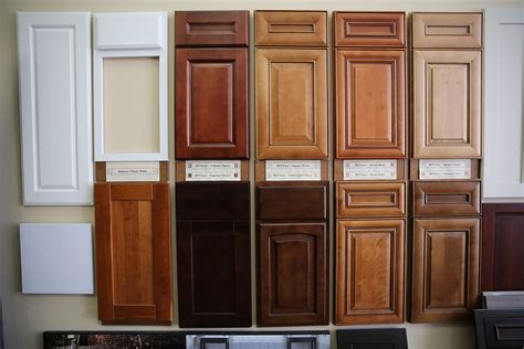 kitchen cabinet colors pictures most common kitchen cabinet colors dlassicism classic