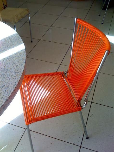 chaise en fil plastique mobilier scoubidou rénovation de chaise scoubidou