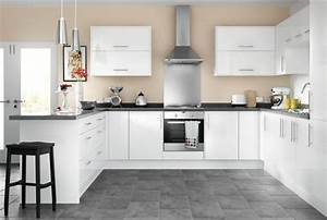 Ready to fit kitchens wickescouk for Kitchen colors with white cabinets with steve mcqueen wall art