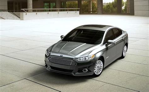 2015 Ford Fusion Hybrid Se Review