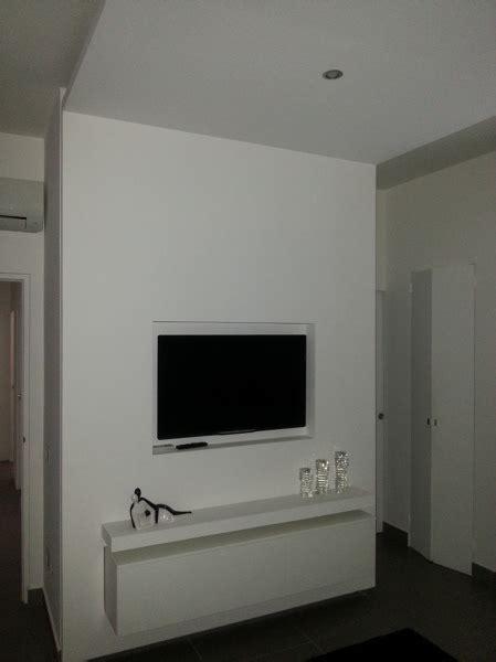 foto struttura  cartongesso  tv  mobile incassati