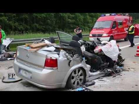 drei tote bei unfall auf der   bei hainichen youtube