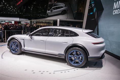 porsche mission  cross turismo headed  production