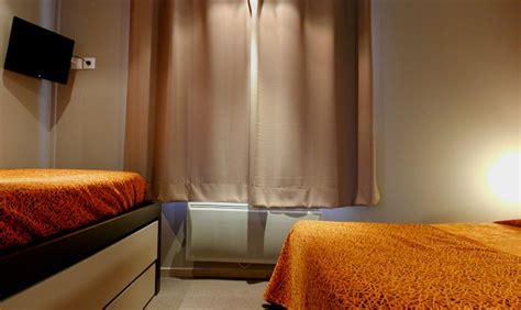 chambre familiale la rochelle location de cycles à la rochelle hôtel savary 2 la