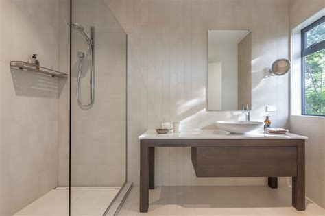 Tips&Trick for saving space in small bathrooms and