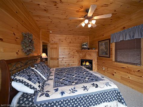5 Bedroom Cabins In Gatlinburg by Gatlinburg Cabin Majestic Peaks 5 Bedroom Sleeps 20