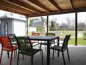 Sonnenschutz überdachte Terrasse : balkone und eigene berdachte terrasse im garten wiesenart zingst ~ Sanjose-hotels-ca.com Haus und Dekorationen